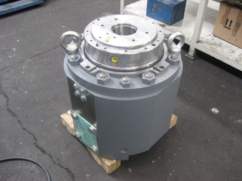 Instandsetzung von Hydraulikzylindern Anstellzylinder aus der Aluminium Industrie