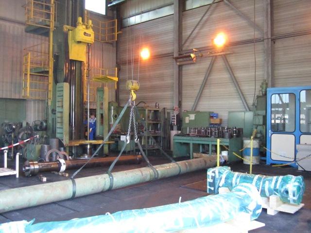 Instandsetzung von Hydraulikzylindern - momac Honcenter in Moers